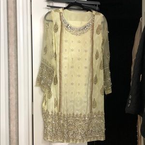 Annus abrar pakistani/Indian formal outfit